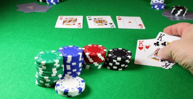 6 Kesalahan yang Membuat Anda Bermain Poker Lebih Buruk